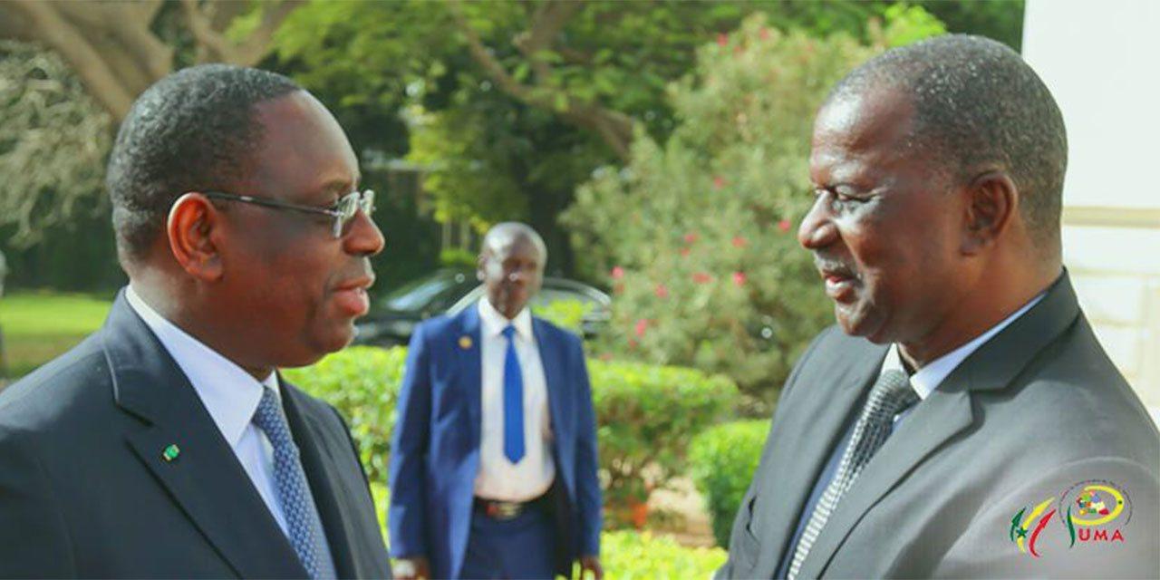 Le président de la république  et le coordonnateur national